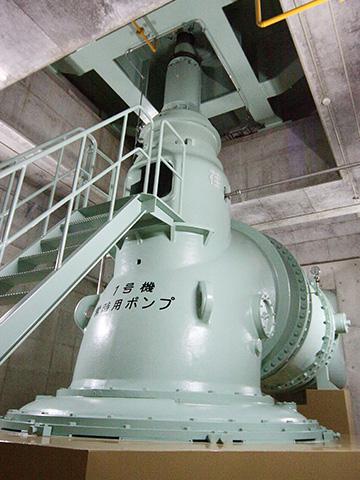 親松排水機場のポンプ。1台毎秒15トンの排水能力がある。